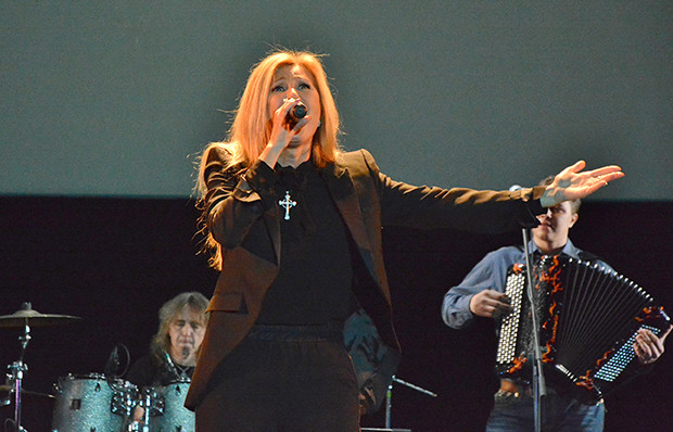 Певица Вика Цыганова